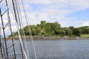 Skotsk borg set fra skib