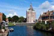 En af Hollands utallige sluser i Enkhuizen