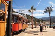 Sporvognen ved Pt Sollers strandpromenade