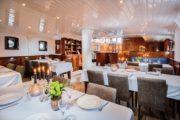 Leafde fan Fryslan salon / restaurant