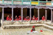 Vandreferie-Nepal-Solu-Pikey-Peak-kloster-munke