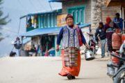 Vandreferie-Nepal-Solu-Pikey-Peak-lokal-kvinde