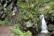 Vandreferie-Tyskland-Schwarzwald-Schluchtensteig-trappe-vandfald-(c)SS